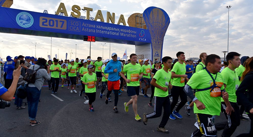 Арыстанбек Мұхамедиұлы Жаңа жылды марафонмен қарсы алуға шақырды