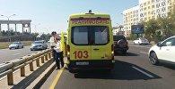 Автомобиль скорой помощи на месте ДТП