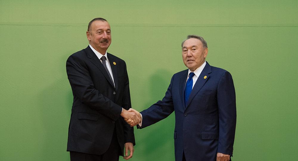 Нурсултан Назарбаев и Гейдар Алиев
