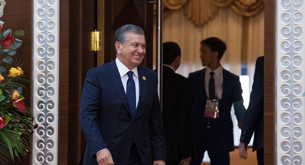 Президент Узбекистана Шавкат Мирзиеев на саммите ОИС в Астане