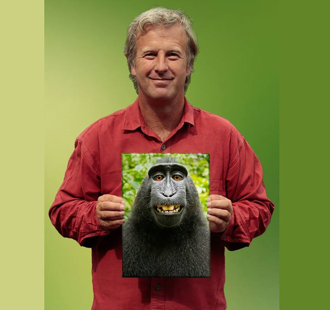 Фотограф Дэвид Слейтер с селфи обезьяны по кличке Наруто