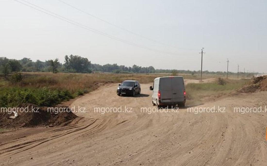 Дорога между селами в ЗКО