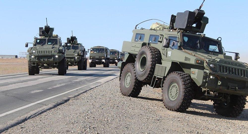 Казахстанские военные во время учений