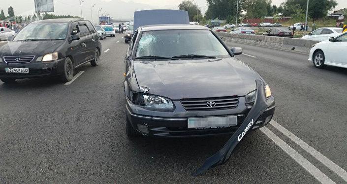 Автомобиль Toyota Camry сбил пешехода