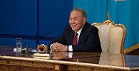 Нурсултан Назарбаев во время пресс-конференции, архивное фото