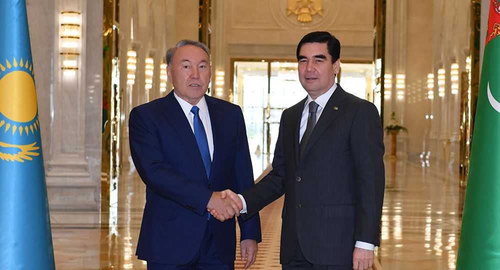 Нұрсұлтан Назарбаев  Туркменстан президенті Гурбангулы Бердімұхамедовпен бірге
