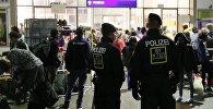 Полицейские Германии, архивное фото