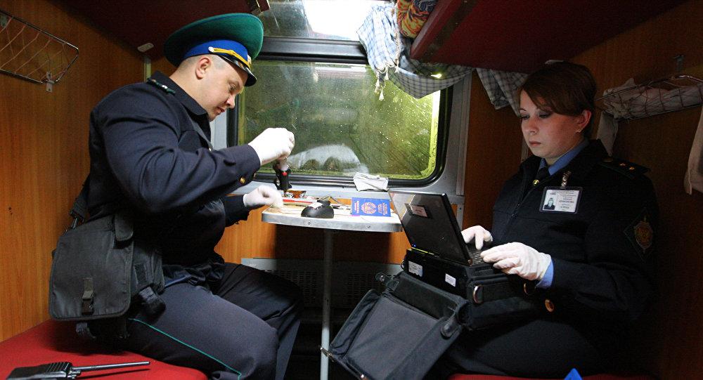 Между Казахстаном иРоссией начинают ходить транзитные поезда вобход погранконтроля