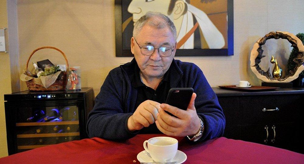 Профессор Зинетула Инсепов