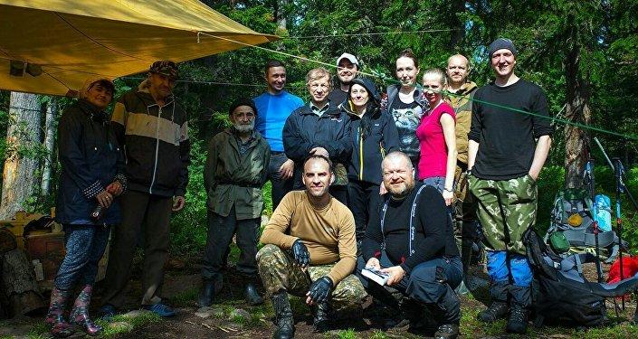 Группа туристов, в которую вошел Александр Мороз