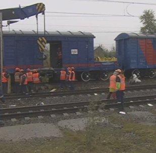 LIVE: Владимир түбіндегі автобус пен пойыздың соқтығысқан орны