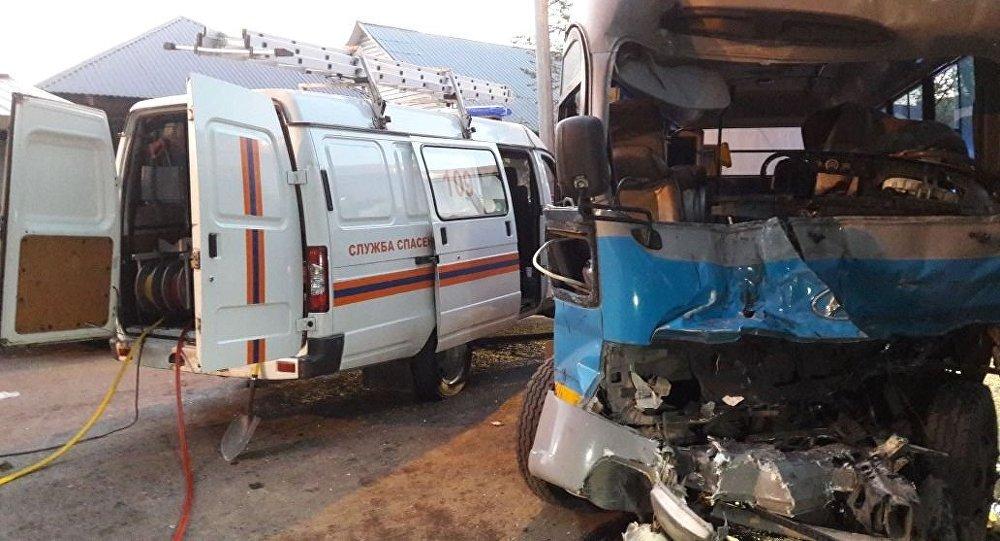 Жолаушылар автобус МАЗ жүк көлігімен соқтығысты
