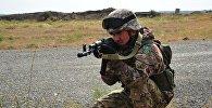 Казахстанские военные на учениях, архивное фото