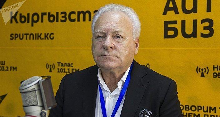 Анатолий Лисицын