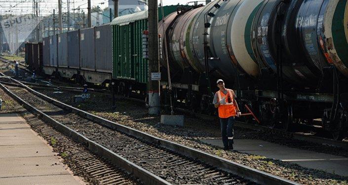 Казахстанские локомотивы задействуют вперевозках поБаку— Тбилиси— Карс