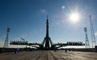 Вывоз на старт ракеты, архивное фото