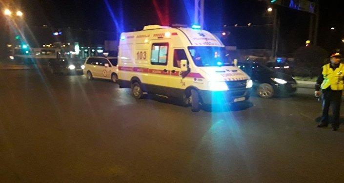 ВАтырауской области полицейская машина сбила 2-х человек