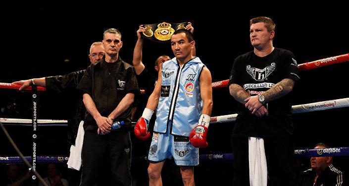 Жанат Жакиянов проиграл ирландцу Барнетту и лишился титула WBA Ф