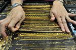 Золото, драгоценности, архивное фото