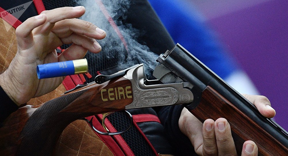 Выстрел из ружья, архивное фото