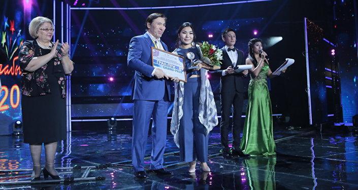 Главным призером фестиваля Шабыт стала 18-летняя скрипачка Жибек Мусургалиева