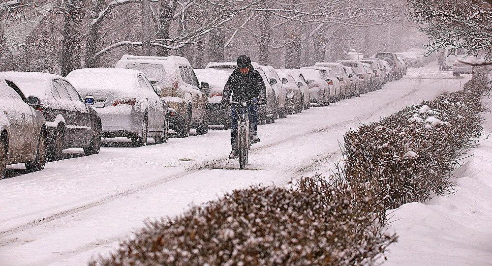 Снежная погода ожидается сегодня на большей части Казахстана