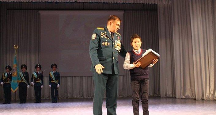 Имран Багдат спас маленького мальчика