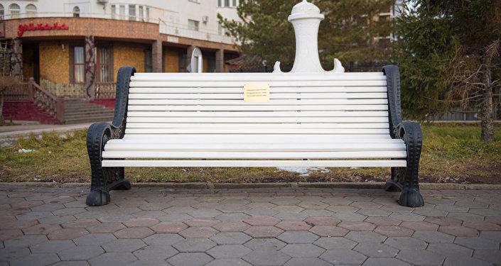Астана тұрғындары саябақтарға, скверлер мен жағалауларға өз атынан орындық сыйлай алады