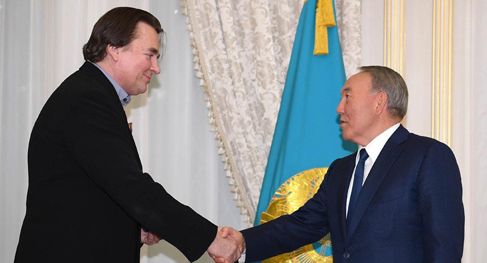 Нурсултан Назарбаев и Константин Эрнст