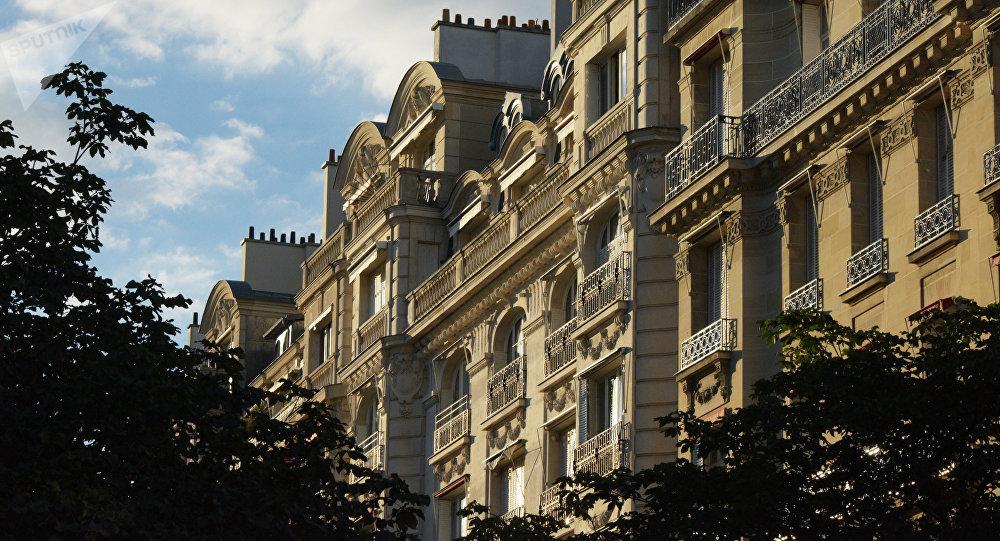 Жилые дома в Париже, архивное фото