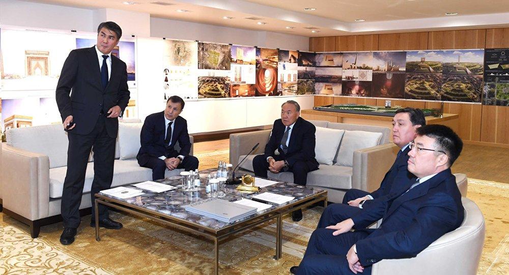 Мемлекет басшысы Астанадағы құрылыс жоспарларымен танысты