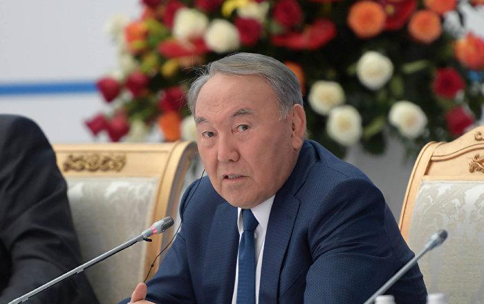 О чем спрашивали Назарбаева участники Астанинского клуба