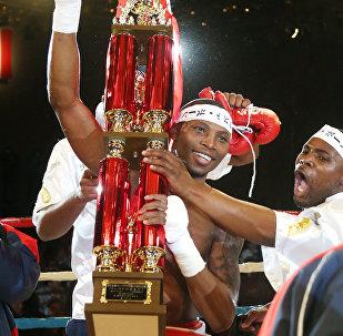 Южноафриканский боксер Золани Тете, архивное фото