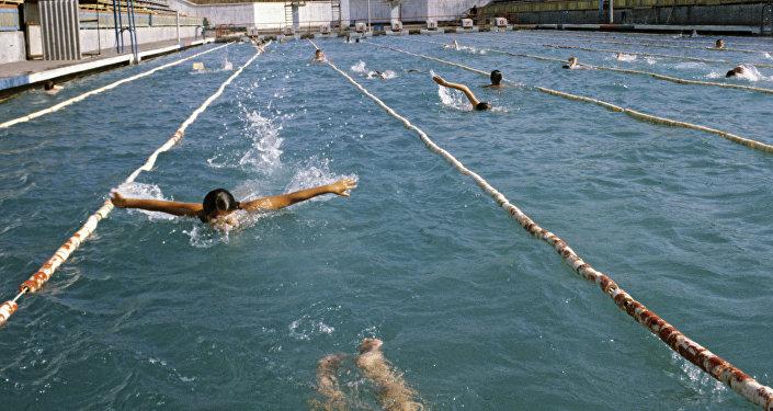 Кентау қаласындағы ашық бассейн