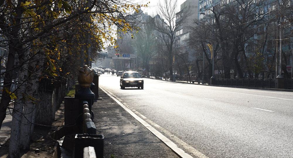 Улица Фурманова в Алматы