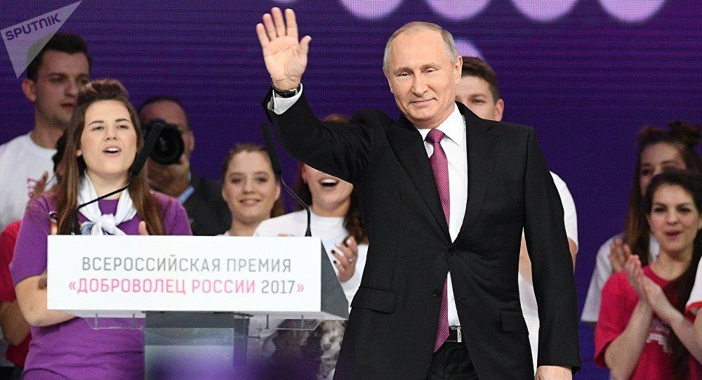 Путин: Приму решение овыдвижении впрезиденты совсем скоро