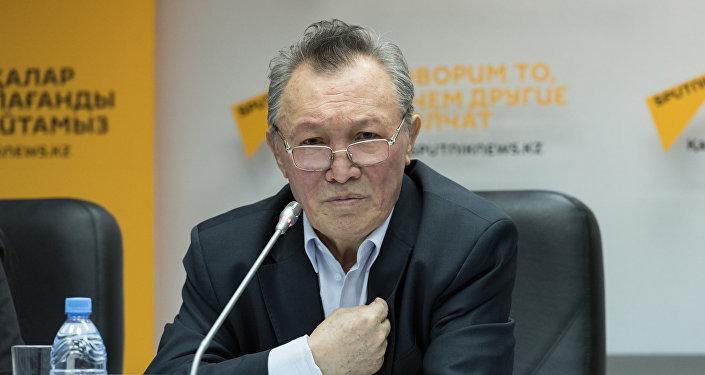 Толен Абдиков