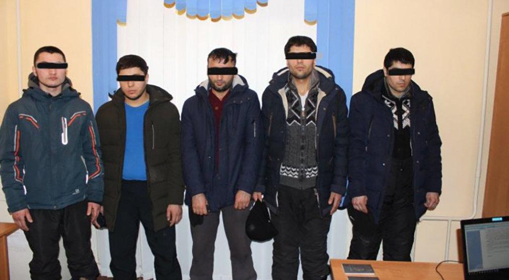 Задержанные по подозрению в пособничестве боевикам