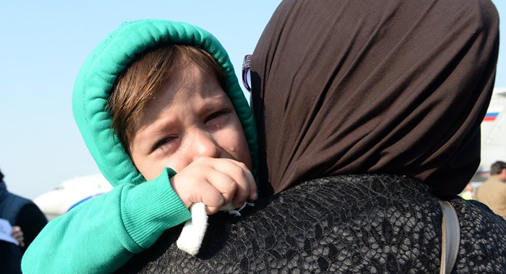Встреча спасенных в Сирии российских детей в аэропорту Грозного