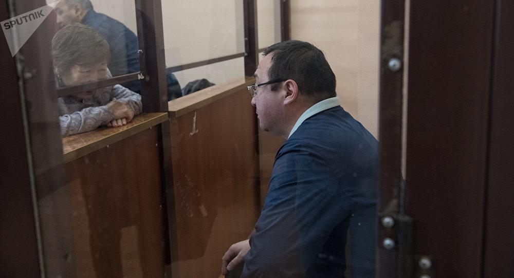 Экс-директор столичного филиала АО Евразийский банк Мурат Муканов на скамье подсудимых
