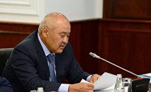 Өмірзақ Шөкеев
