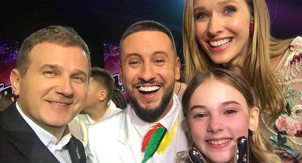 Данэлия Тулешова прошла всуперфинал шоу «Голос. Дiти»