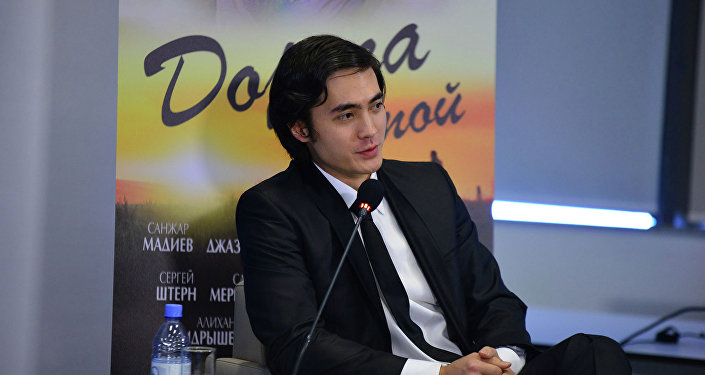 Актер Санжар Мадиев
