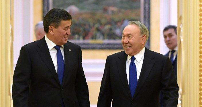 Қырғызстан президенті Сооронбай Жээнбеков пен Қазақстан президенті Нұрсұлтан Назарбаев