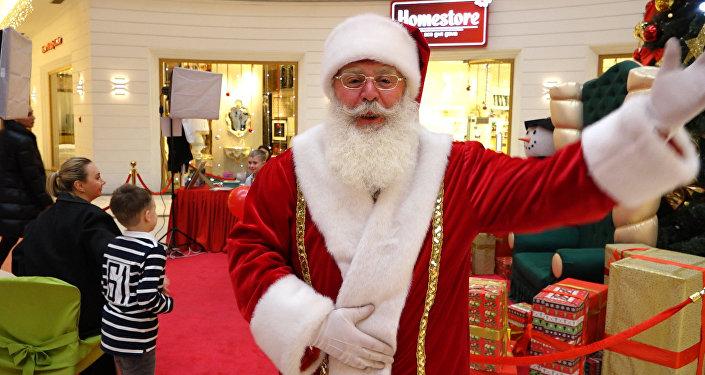 Санта-Клаус из Лапландии поздравил казахстанцев с Новым годом