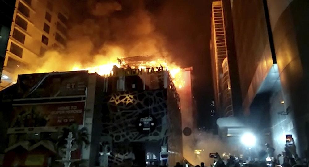 В итоге пожара вофисном центре вИндии погибли 14 человек