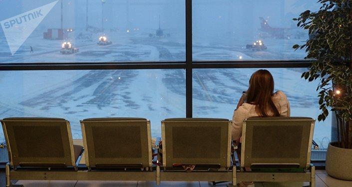Задержка авиарейсов в аэропорту, архивное фото