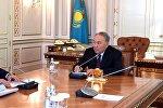 Нұрсұлтан Назарбаев пен Бауыржан Байбек, архивтегі сурет