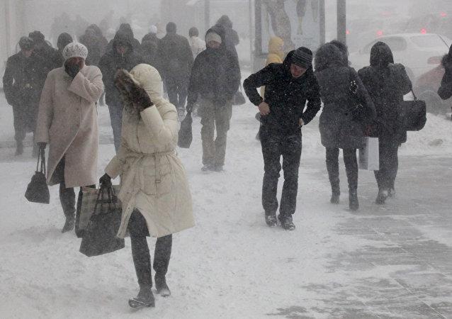 Снегопад, метель