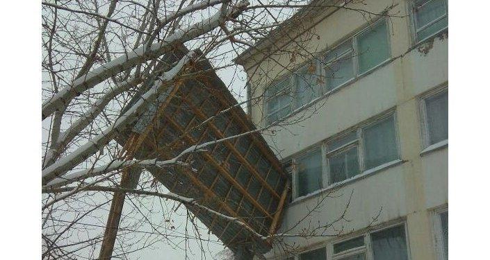 Разрушения из-за бурана